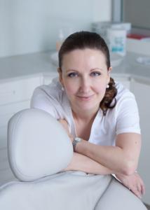 dr. Maria Avis